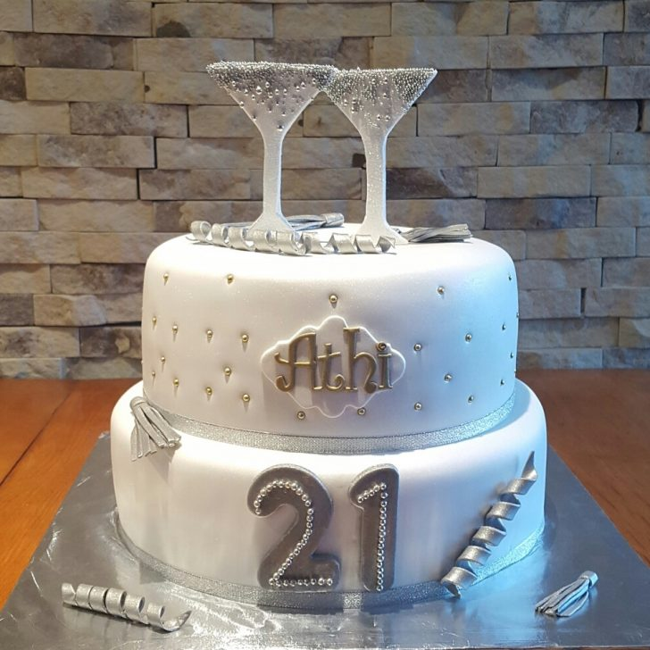 21St Birthday Cake Ideas For Her 21st Birthday Cakes Mulberry Cakes And Cupcakes