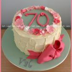 70Th Birthday Cake Mums 70th Birthday Cake Happy 70th Birthday Mum Cake Cho Flickr