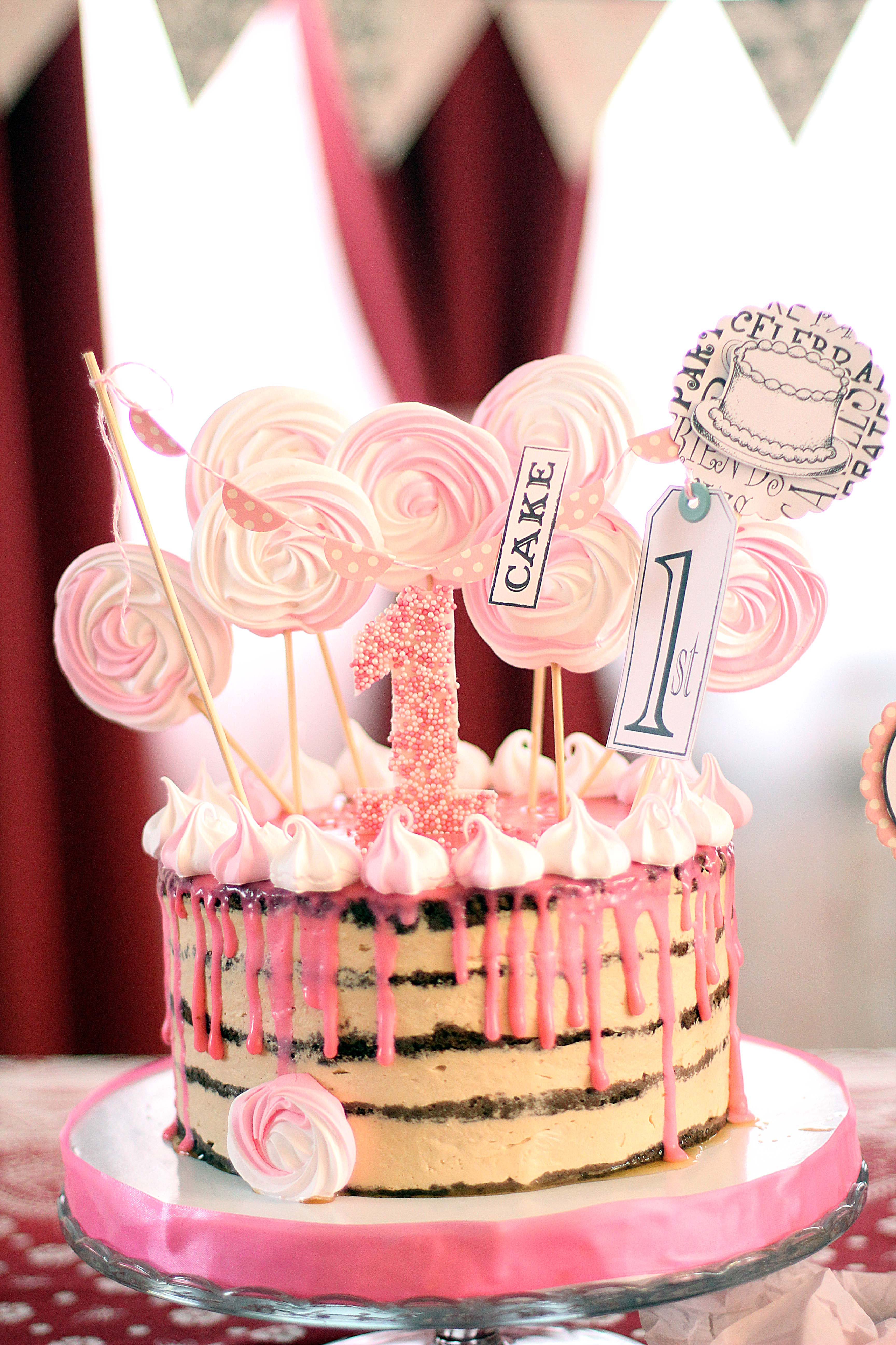 Baby Girl Birthday Cake 1st Birthday Diy Party Ideas And Crafting For Your Ba Girl The