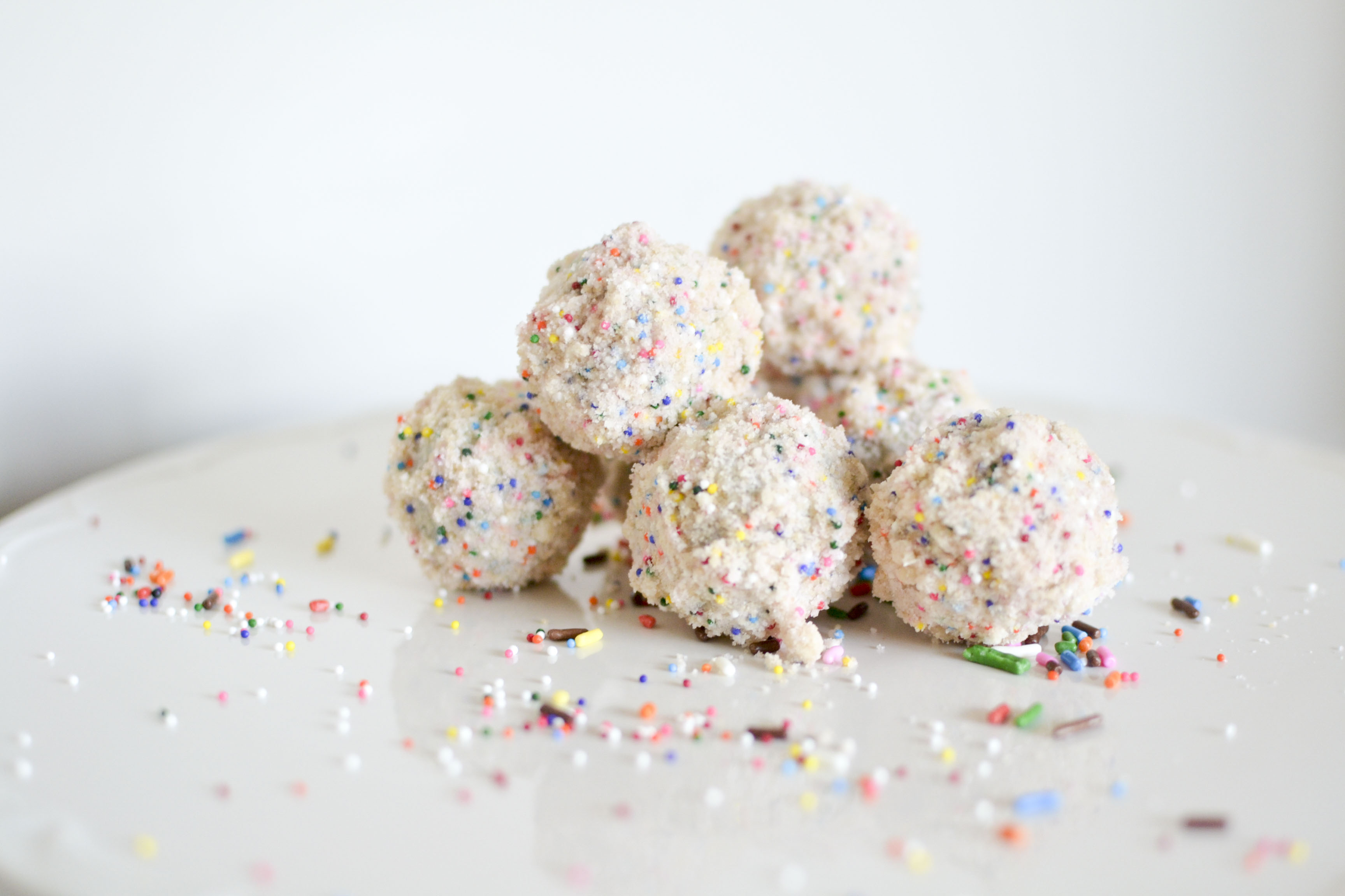 3456 X 2304 In 35 Great Picture Of Birthday Cake Truffles