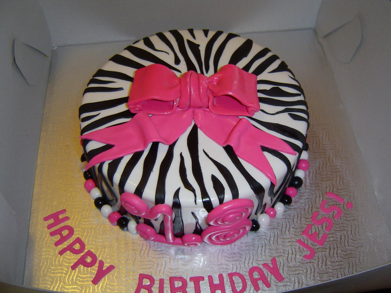 1600 X 1200 In 35 Best Image Of Birthday Cakes For 17 Yr Old Girl
