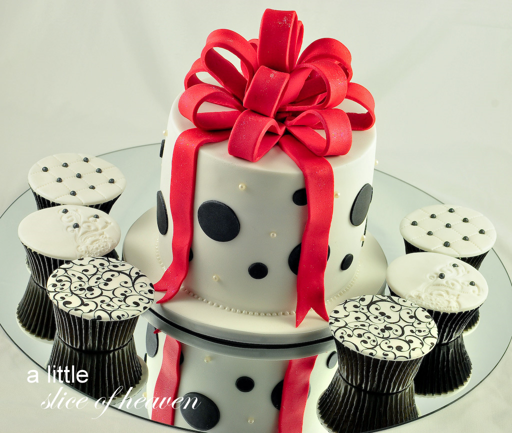 Birthday Cakes For 17 Yr Old Girl 24 Awesome Girls From 18 To 21 Years And
