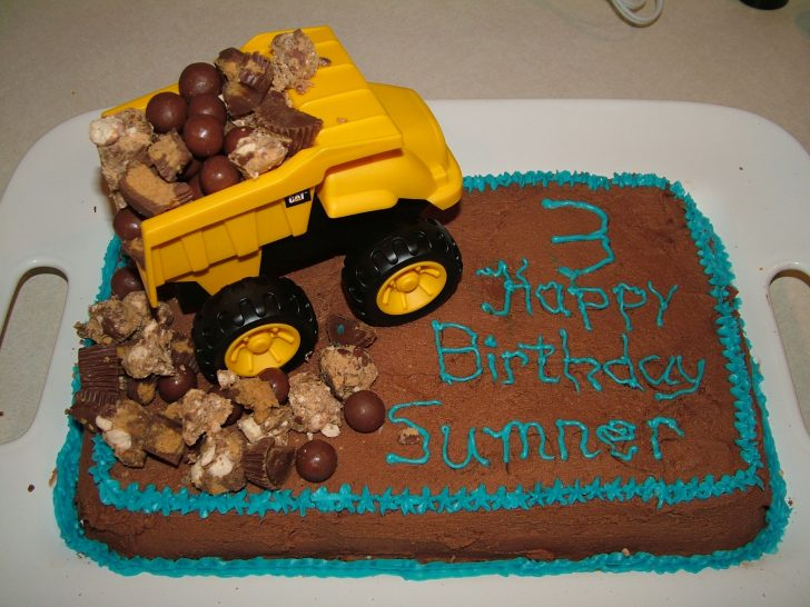 Birthday Cakes For Kids Dump Truck Cake Boy Birthday Cake Kids Cake Decorated Cakes Cake