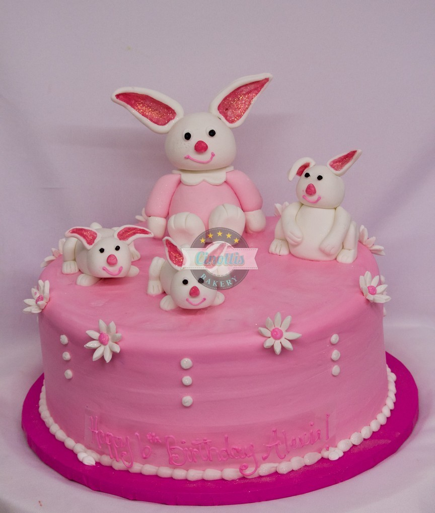 Bunny Birthday Cake Fondant Bunnies Birthday Cake From Cinottis Bakery