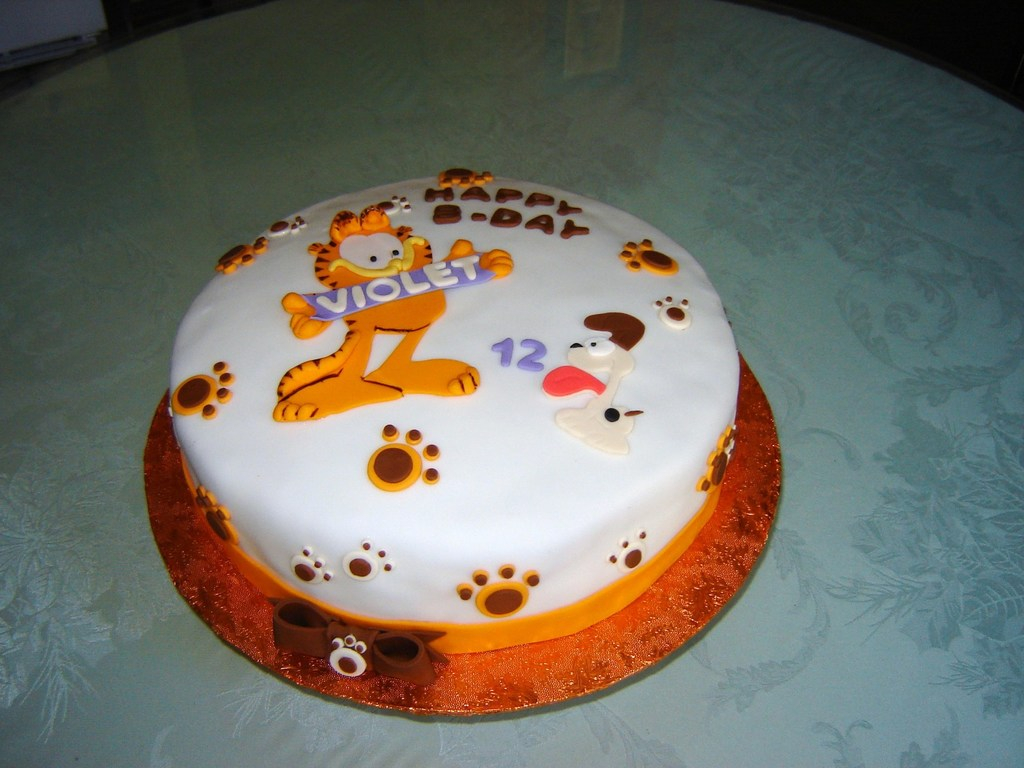 Cat Cakes For Birthdays Garfield The Birthday Cake Cakecentral