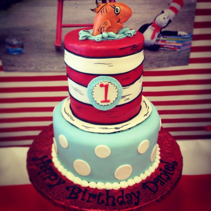 Cat In The Hat Birthday Cake Cat In The Hat Birthday Thing One And Thing Two Decoration Party