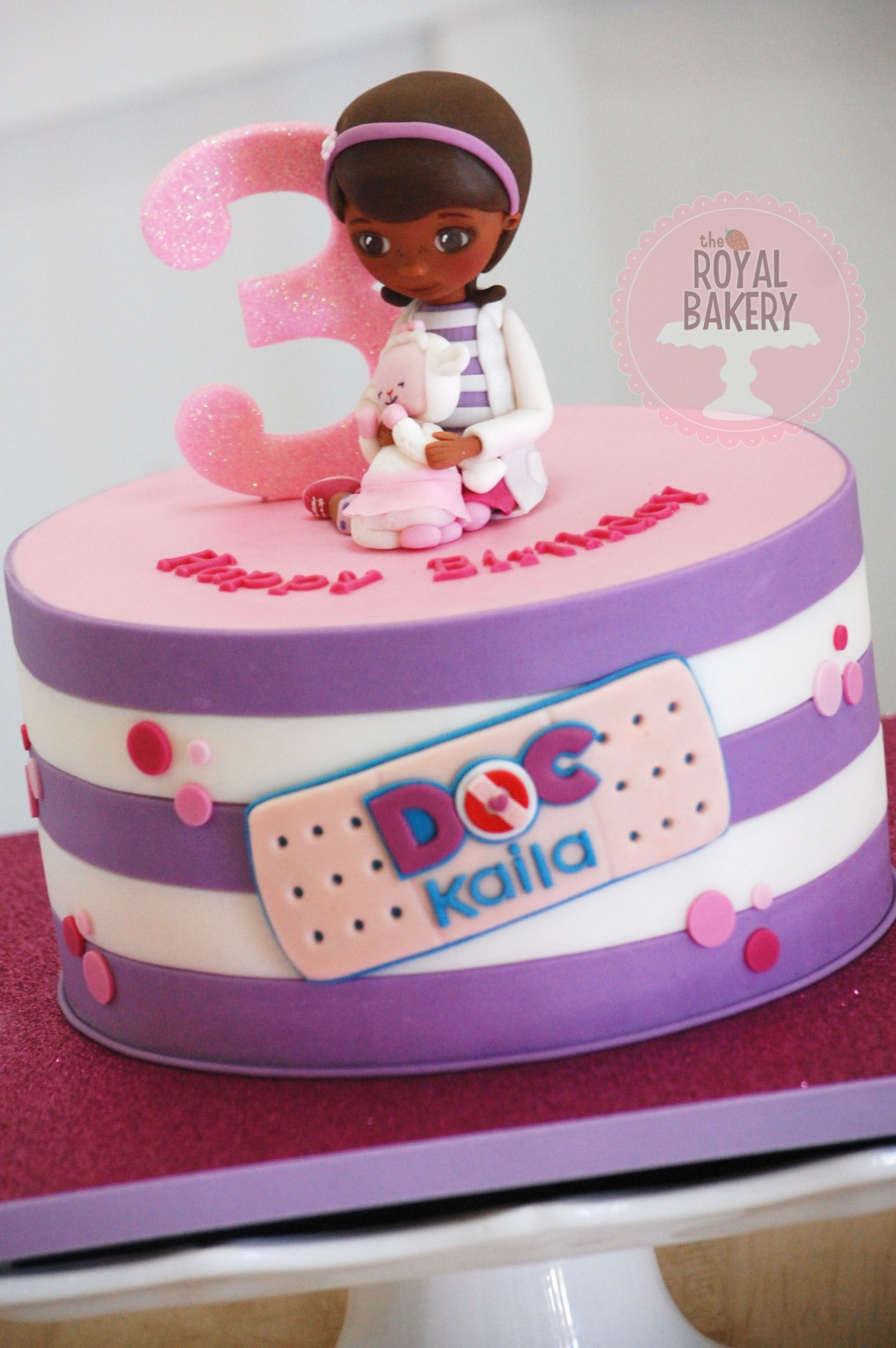 Doc Mcstuffins Birthday Cake Doc Mcstuffins Cake With Fondant Doc And Lambie Figures The Royal