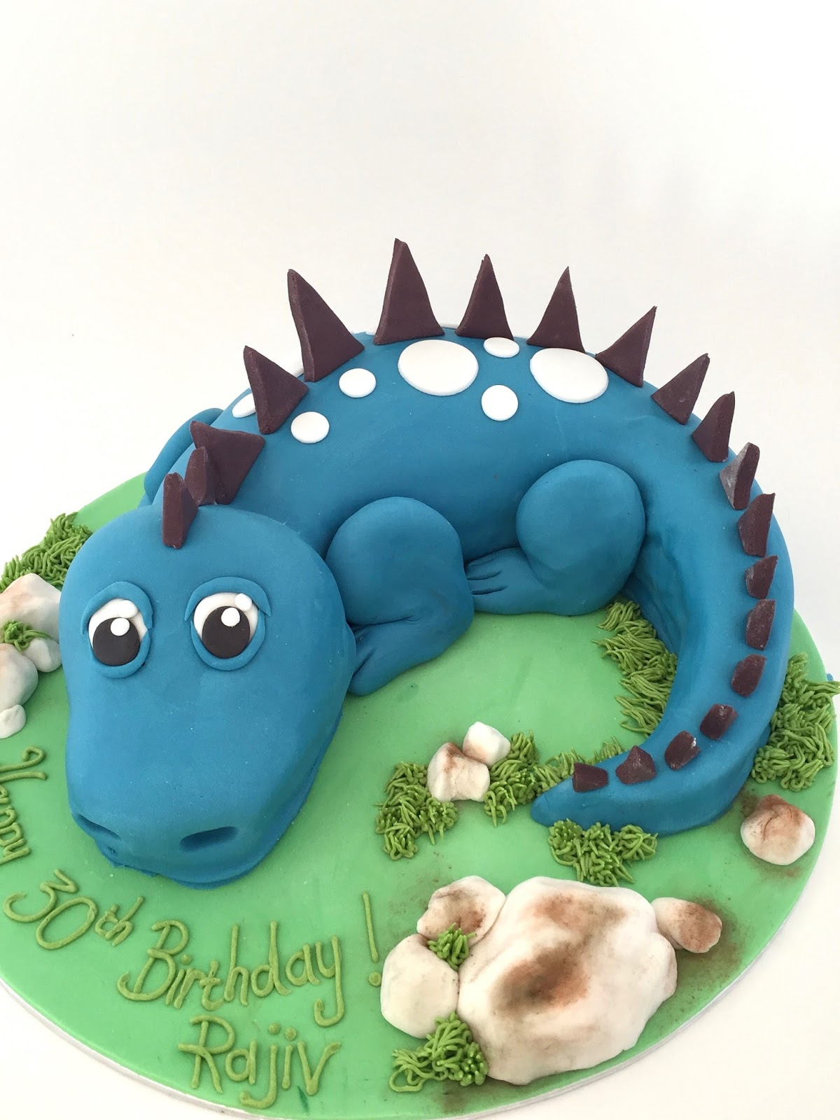 Dragon Birthday Cake Rozannes Cakes 3d Dragon Cake