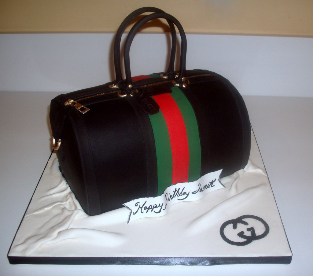 Gucci Birthday Cake Gucci Vintage Medium Boston Bag Birthday Cake Red Velvet C Flickr