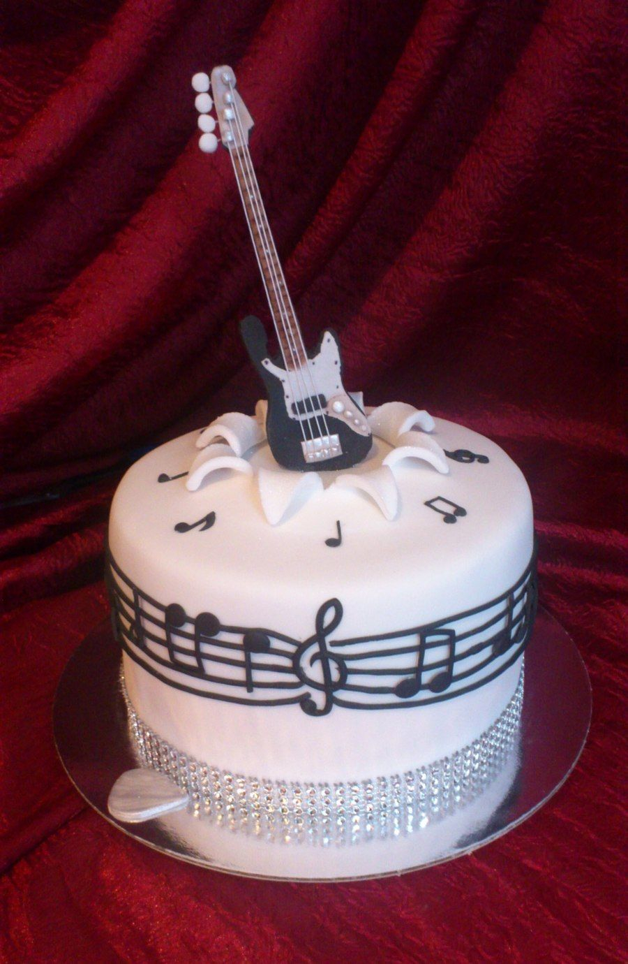 Guitar Birthday Cake Fender Decorated Guitar Cake Cake Guitar Birthday Cakes