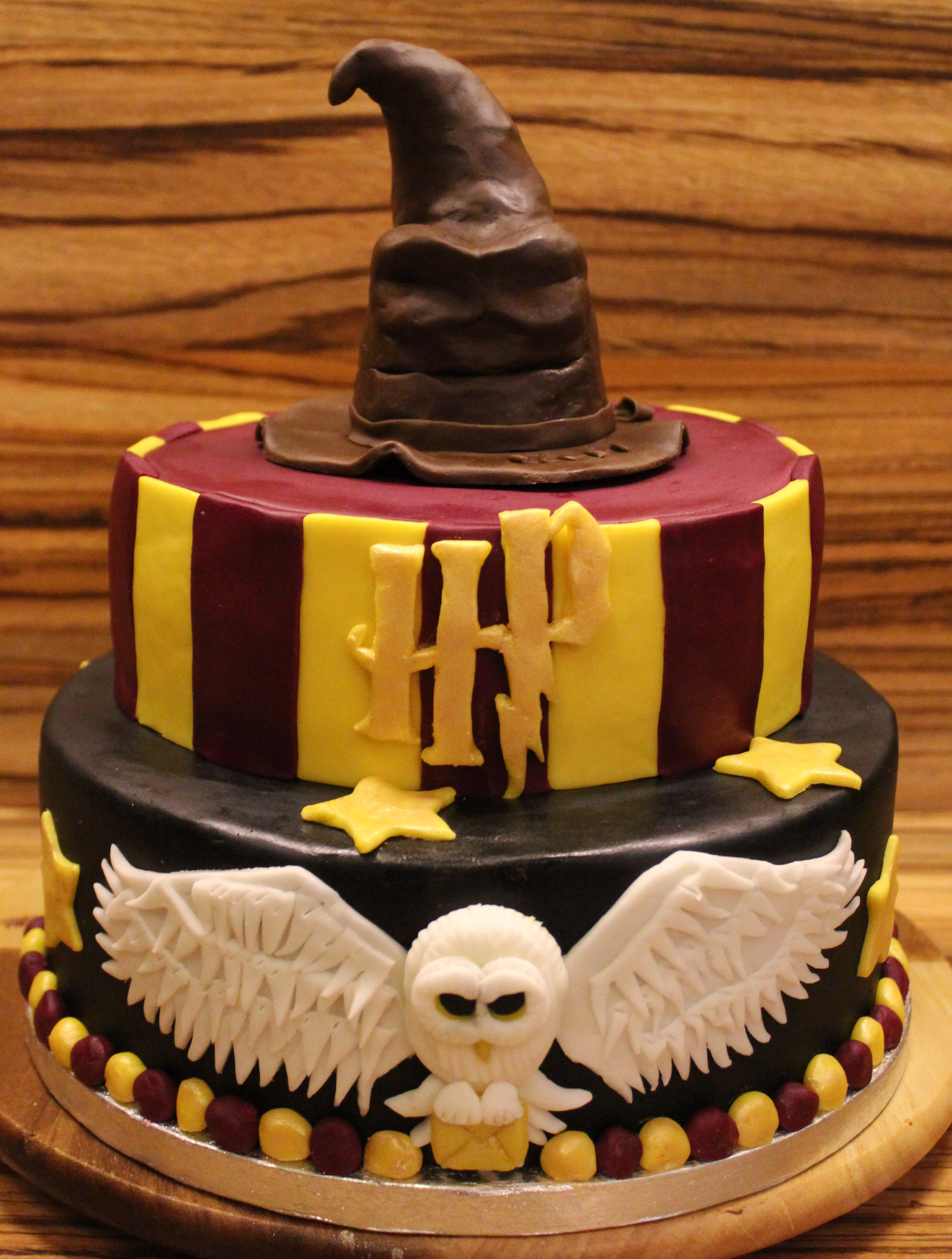 Harry Potter Birthday Cake 19 Harry Potter Themed Pastries Too Magical To Be Real Bookstr