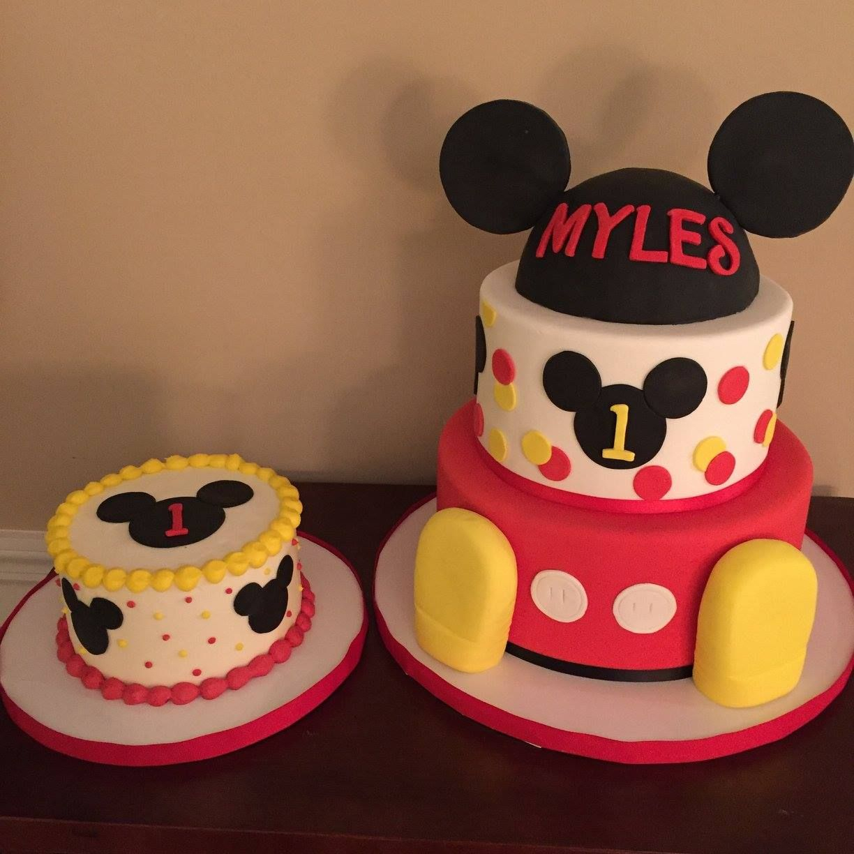Mickey Mouse Birthday Cake Mickey Mouse Club House First Birthday Cakes Calynne Kaden 1st