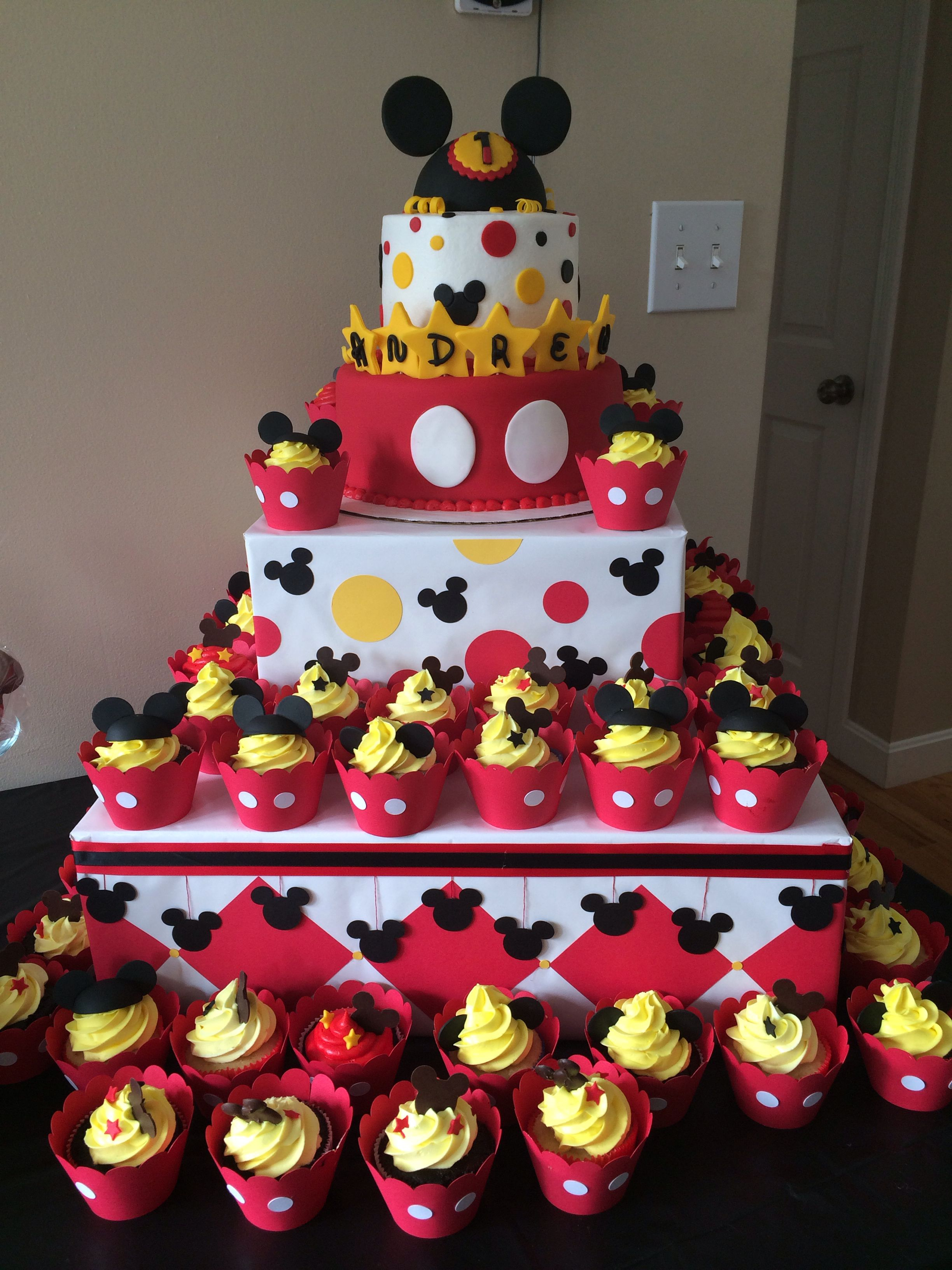 Mickey Mouse Birthday Cake Mickey Mouse First Birthday Cake Cake Hob Pinterest Mickey