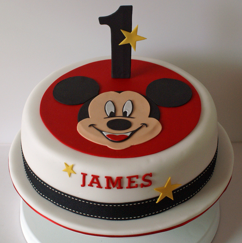 Mickey Mouse Birthday Cakes Mickey Mouse Birthday Cake An 8 Inch Layered Sponge Cake O Flickr