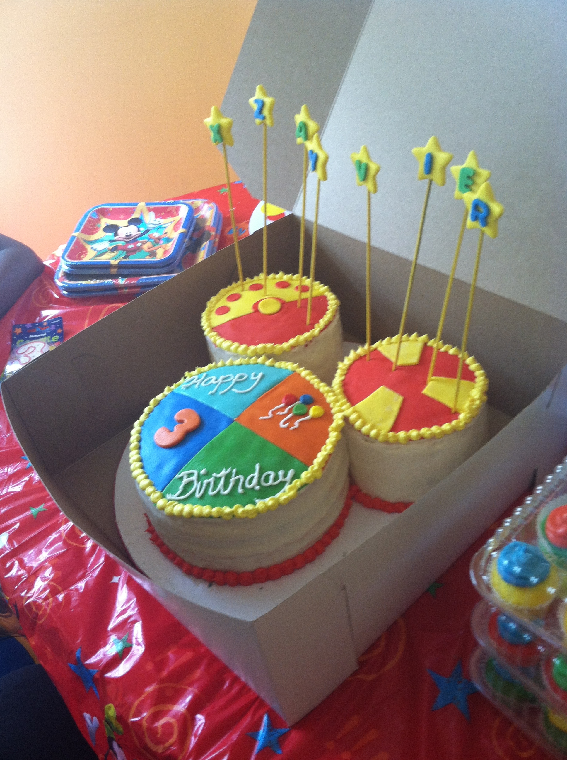 Mickey Mouse Clubhouse Birthday Cakes Toodles Mickey Mouse Clubhouse Birthday Cake W Matching Cupcakes