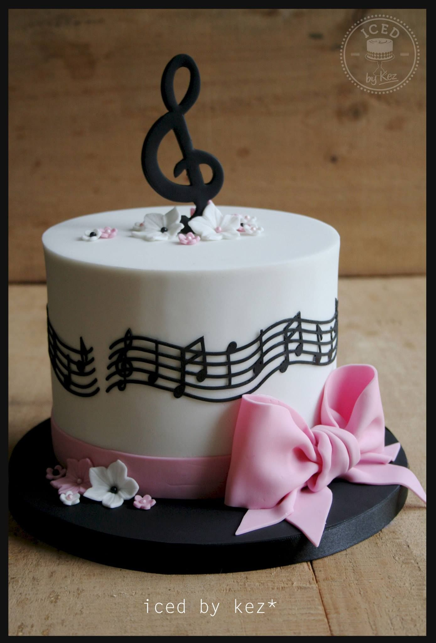 Music Birthday Cakes Iced Kez Cakes Pinterest Cake Music Cakes And Music Themed