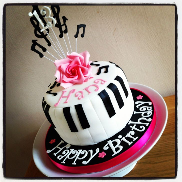 Music Birthday Cakes Piano Music Birthday Cake Birthdays Birthday Cake Music