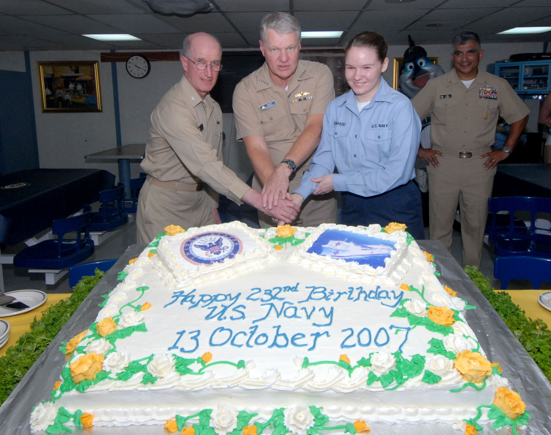 Navy Birthday Cake Fileus Navy 071012 N 8704k 134 Navy Birthday Celebration Aboard