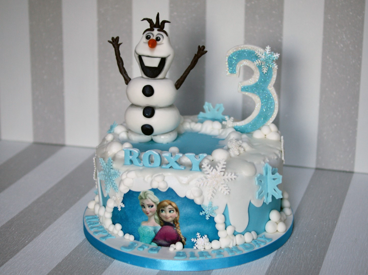 Olaf Birthday Cake Disney Frozen Cake Olaf And Elsa Birthday Cake Bakealous