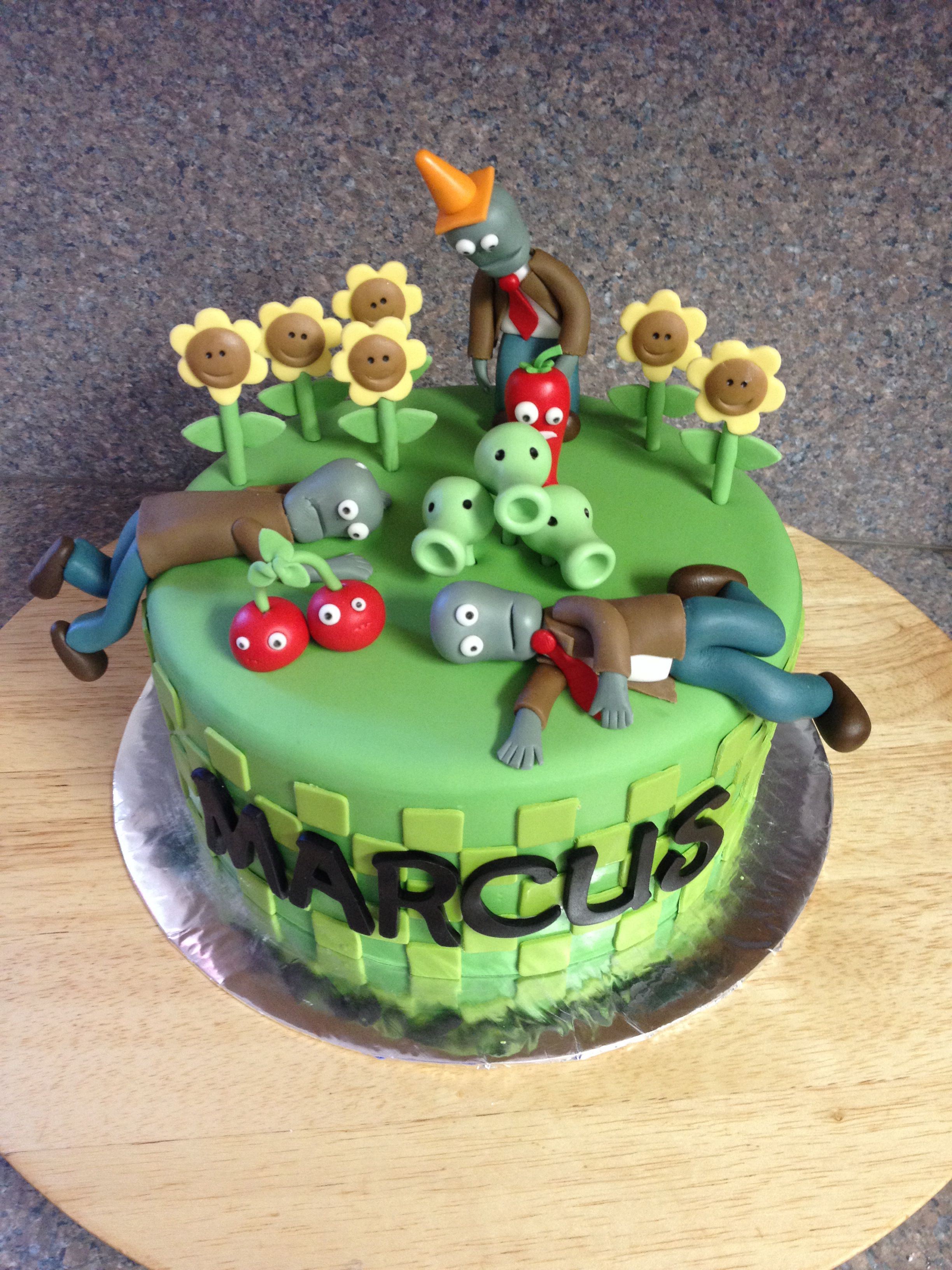 34+ Exclusive Picture of Plants Vs Zombies Birthday Cake