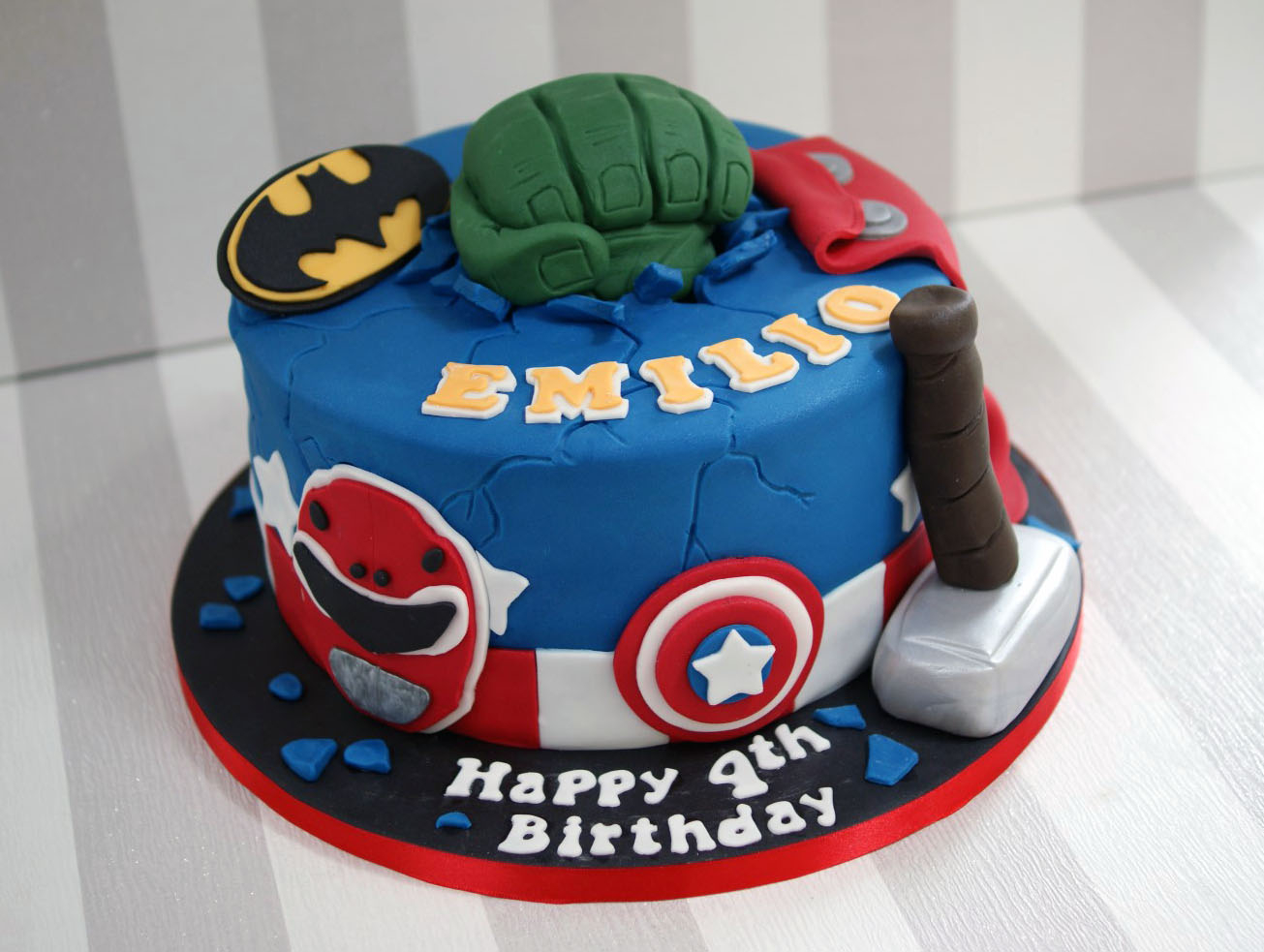 Power Rangers Birthday Cake Power Rangers And Avengers Birthday Cake 2 Bakealous