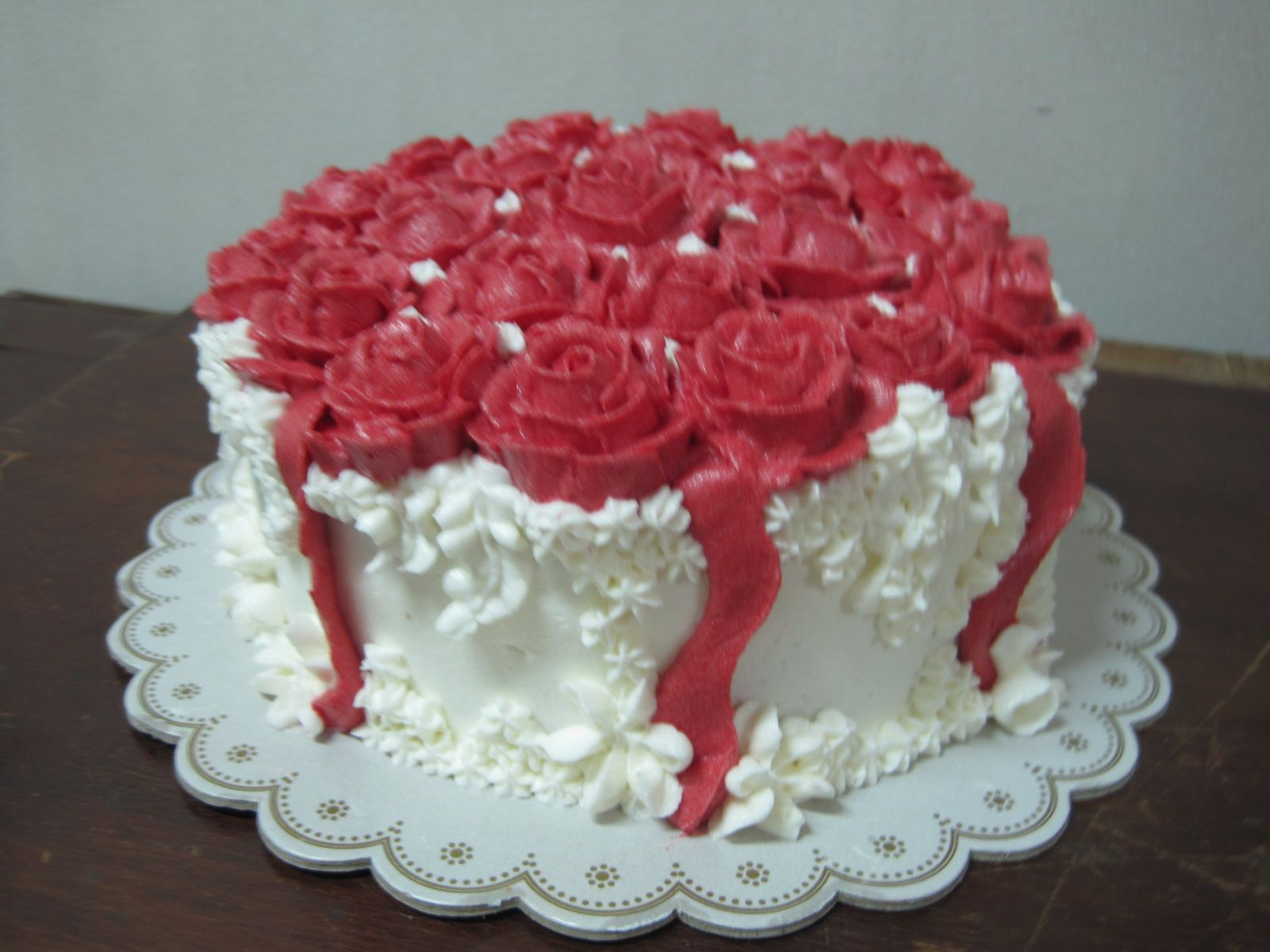 90 Happy Birthday Cake And Roses Delicious And A Beautiful