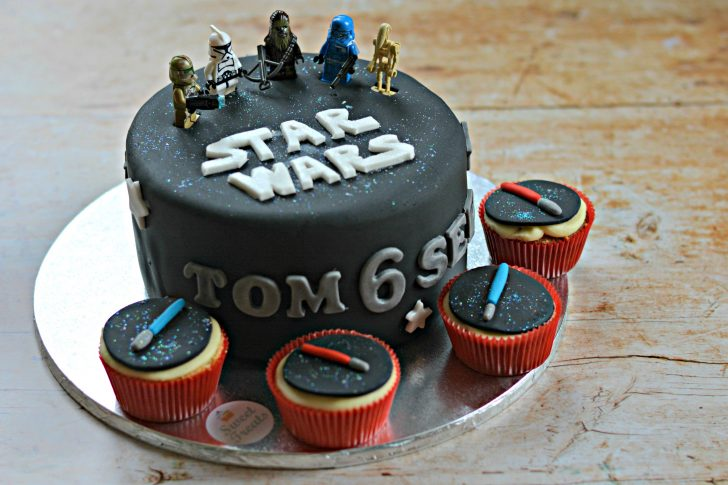 Star Wars Birthday Cakes Star Wars Birthday Cake And Goody Bags An Organised Mess