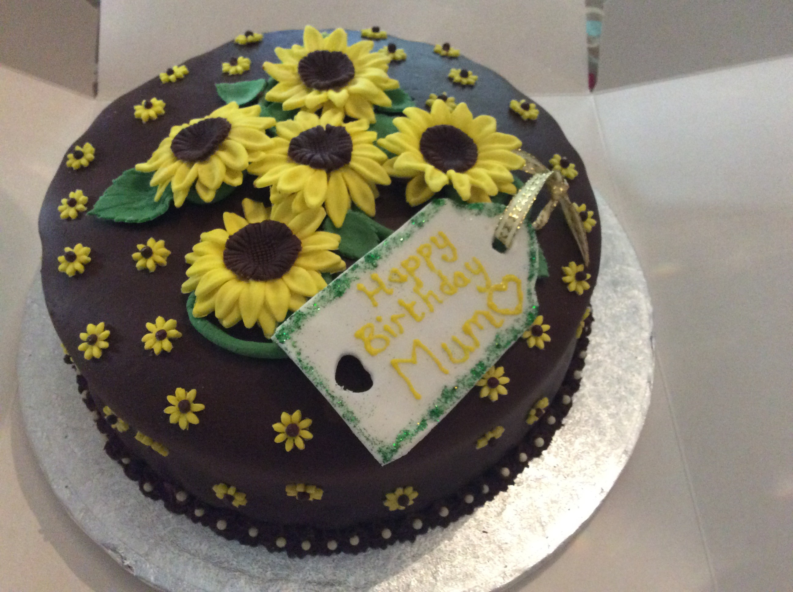 Sunflower Birthday Cake Sunflower Birthday Cake Cakes Bakes And Perfect Puddings
