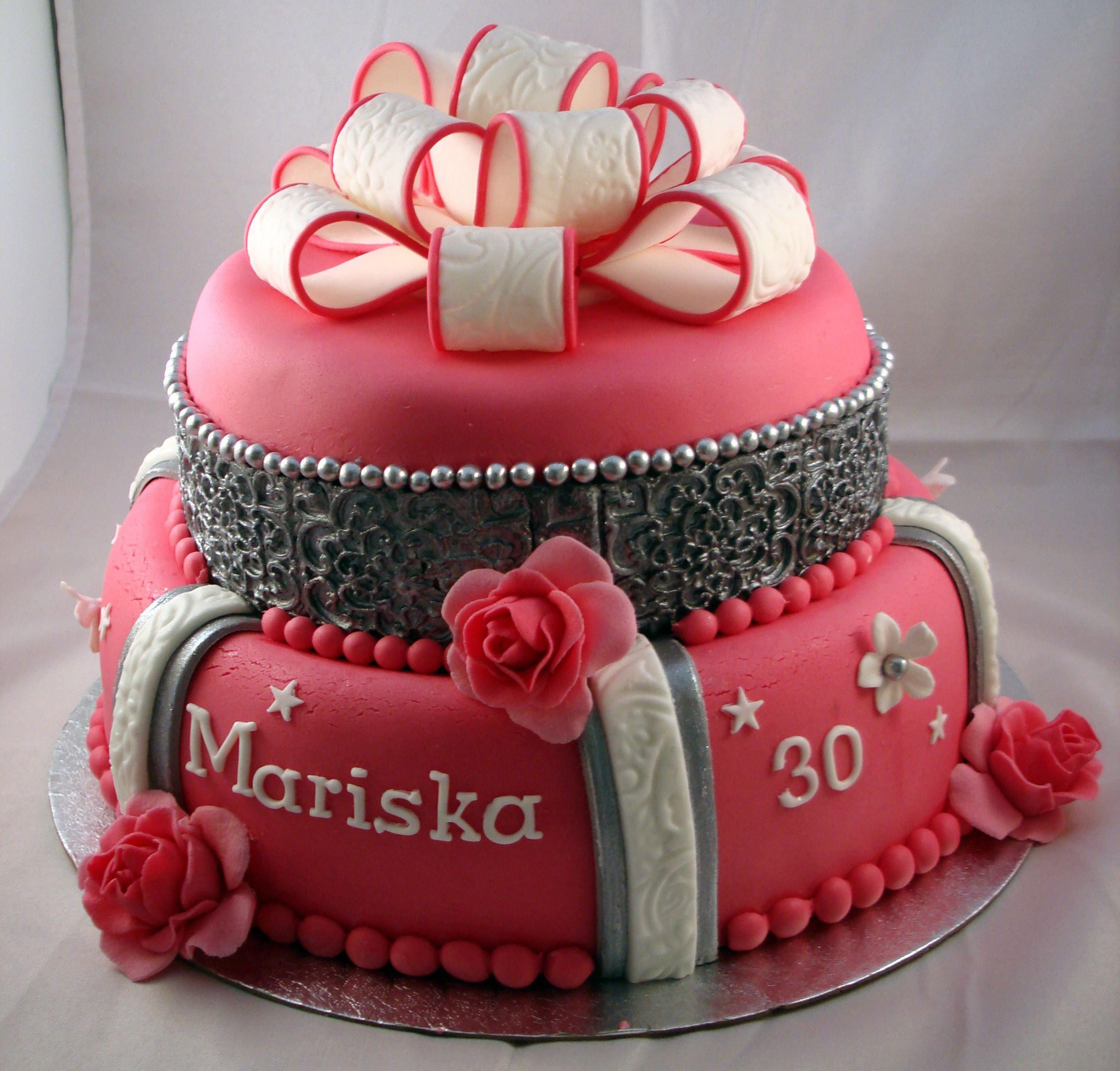 Woman Birthday Cake Birthday Cake For 30 Year Old Women Party Time Pinterest